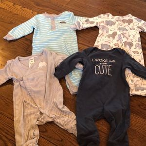Carters bundle of 4 outfits size 3M